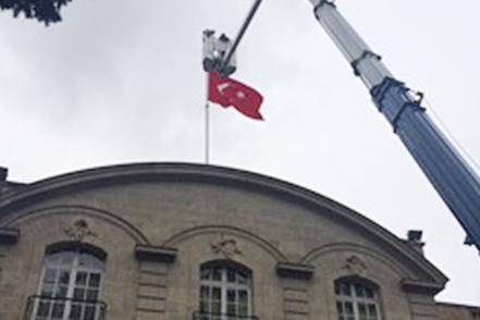 Remise en état d'un porte drapeau